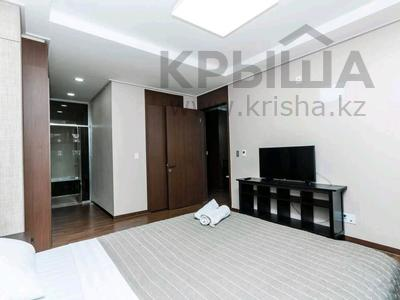 2-комнатная квартира, 75 м², 9/28 этаж по часам, Кошкарбаева 10/1 за 2 500 〒 в Нур-Султане (Астане), Есильский р-н