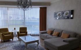 3-комнатная квартира, 120 м² помесячно, Туран 37/9 за 550 000 〒 в Нур-Султане (Астана), Есиль р-н