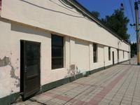 Здание, площадью 480 м², Привокзальная 3в за 20 млн 〒 в Таразе