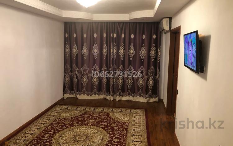 2-комнатная квартира, 48 м², 3/5 этаж на длительный срок, Привокзальный-5 15 за 100 000 〒 в Атырау, Привокзальный-5