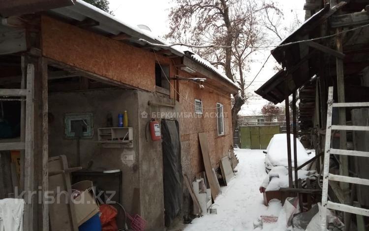 2-комнатный дом, 30 м², 5.6 сот., Грозы 135 за 18.8 млн 〒 в Алматы, Наурызбайский р-н