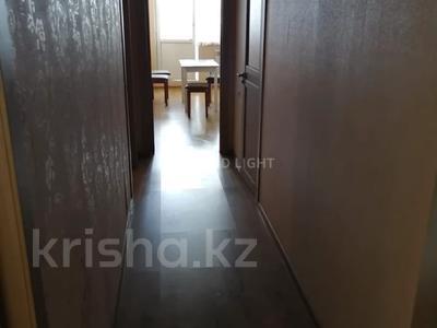 2 комнаты, 70 м², Амангельды Иманова 26 — Шокана Валиханова за 30 000 〒 в Нур-Султане (Астана) — фото 3