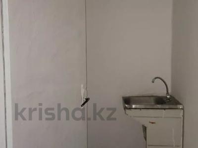 1-комнатный дом помесячно, 25 м², 10 сот., мкр Калкаман-3, Г. Мусабаева 11 — Шаляпина за 45 000 〒 в Алматы, Наурызбайский р-н — фото 4