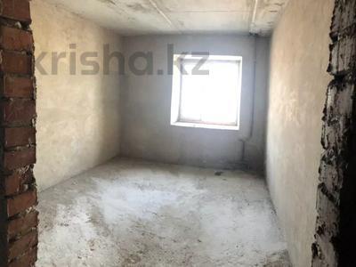 2-комнатная квартира, 90 м², 10/15 этаж, проспект Шакарима 60 — Кабанбай Батыра за 10.2 млн 〒 в Семее — фото 2