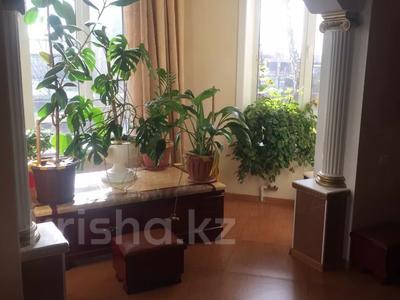 6-комнатный дом, 250 м², 25 сот., Луговая 11 за 28 млн 〒 в Северо-Казахстанской обл. — фото 9
