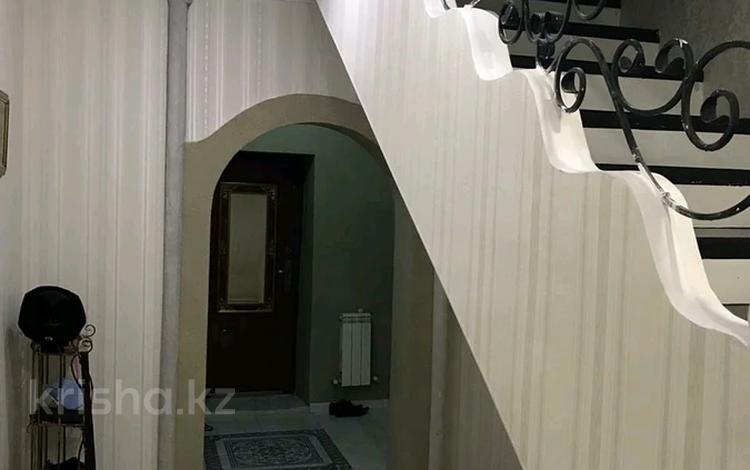 7-комнатный дом помесячно, 300 м², 1-й мкр 5 за 400 000 〒 в Актау, 1-й мкр