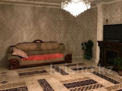 7-комнатный дом помесячно, 300 м², 1-й мкр 5 за 400 000 〒 в Актау, 1-й мкр — фото 9