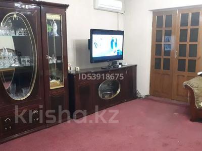 4-комнатная квартира, 75 м², 2/5 этаж, проспект Жибек-Жолы 50 — Сайрамская за 23 млн 〒 в Шымкенте, Енбекшинский р-н — фото 9