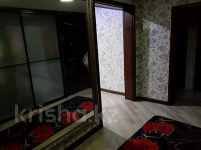 4-комнатный дом, 110 м², 4 сот., Всеволодова Иванова 77 за 11 млн 〒 в Павлодаре — фото 11