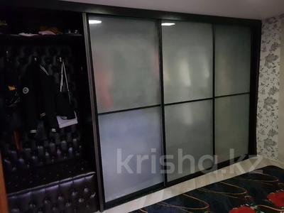 4-комнатный дом, 110 м², 4 сот., Всеволодова Иванова 77 за 11 млн 〒 в Павлодаре — фото 12