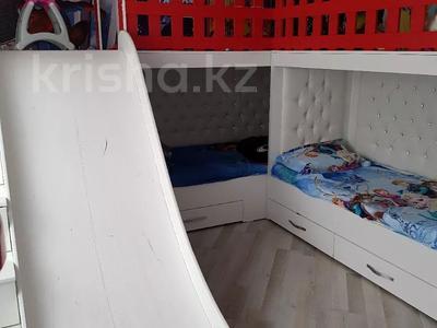 4-комнатный дом, 110 м², 4 сот., Всеволодова Иванова 77 за 11 млн 〒 в Павлодаре — фото 2
