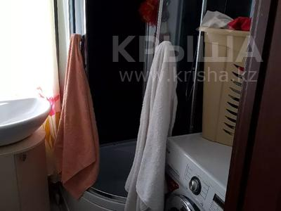 4-комнатный дом, 110 м², 4 сот., Всеволодова Иванова 77 за 11 млн 〒 в Павлодаре — фото 4