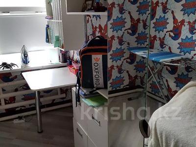 4-комнатный дом, 110 м², 4 сот., Всеволодова Иванова 77 за 11 млн 〒 в Павлодаре — фото 7