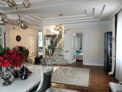 7-комнатный дом, 500 м², 10 сот., Оспанова — Жамакаева за 570 млн 〒 в Алматы, Медеуский р-н