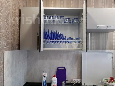 1-комнатная квартира, 33 м², 3/5 этаж посуточно, Бауыржан Момышулы (Строительная) 42 за 6 000 〒 в Экибастузе — фото 8