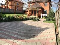 7-комнатный дом, 270 м², 8 сот., Богенбай Батыра 17 за 64 млн 〒 в Бесагаш (Дзержинское)