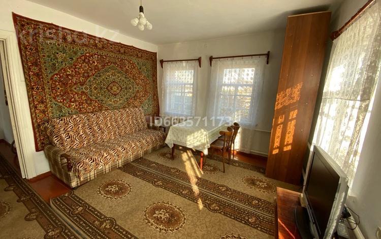 3-комнатный дом помесячно, 80 м², 4.5 сот., мкр Нур Алатау, Мкр. Алатау за 120 000 〒 в Алматы, Бостандыкский р-н