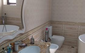 6-комнатный дом, 417 м², 11 сот., мкр Дубок-2, Аманжол 7 — Шаляпина за 145 млн 〒 в Алматы, Ауэзовский р-н
