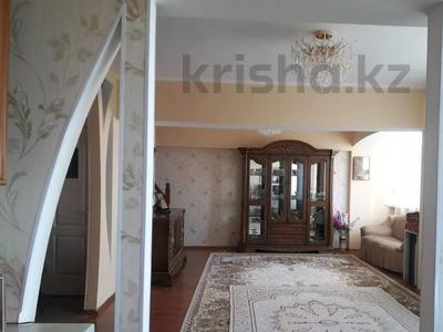 4-комнатная квартира, 147 м², 5/6 этаж, Джандосова — Саина за 45 млн 〒 в Алматы, Ауэзовский р-н — фото 7