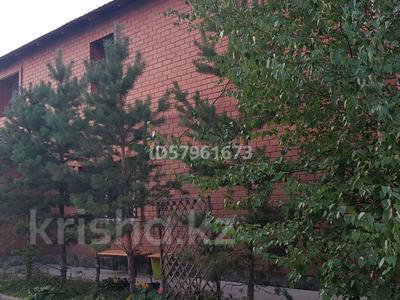 6-комнатный дом, 264.3 м², 11 сот., Мкр Юго- Восток 75 — Лепсы за 70 млн 〒 в Нур-Султане (Астане), Алматы р-н