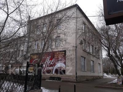 Здание, площадью 2020 м², Ленина 11 — Ерубаева за 1.1 млрд 〒 в Караганде, Казыбек би р-н — фото 2