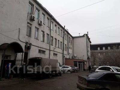 Здание, площадью 2020 м², Ленина 11 — Ерубаева за 1.1 млрд 〒 в Караганде, Казыбек би р-н — фото 3
