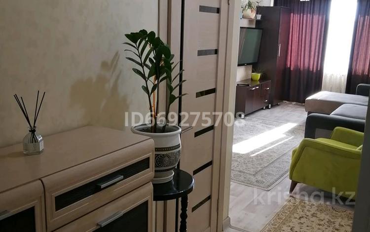 2-комнатная квартира, 43 м², 4/5 этаж посуточно, Казахстанская улица — Жансугурова за 10 000 〒 в Талдыкоргане, село Ынтымак