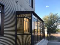 Здание, площадью 1301 м²