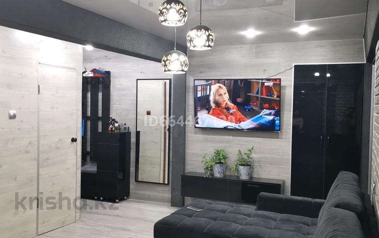 3-комнатная квартира, 65 м², 5/5 этаж, Пахомова 4 за ~ 16 млн 〒 в Усть-Каменогорске