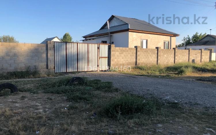 4-комнатный дом, 100 м², 8 сот., Целиноградская 2 переулок 9 за 10 млн 〒 в Таразе