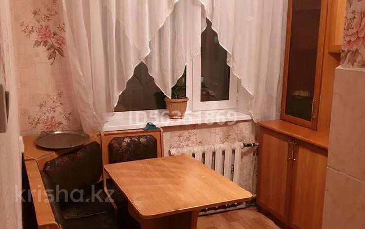 1-комнатная квартира, 40 м², 5/5 этаж, улица Байтурсынова 46 за 6.5 млн 〒 в Семее