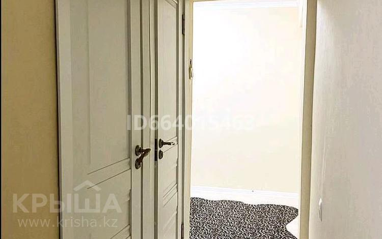 3-комнатная квартира, 70 м², 2/5 этаж, Акмечеть за 11.5 млн 〒 в