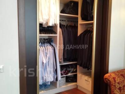 5-комнатный дом, 320 м², 4 сот., проспект Достык за 260 млн 〒 в Алматы, Медеуский р-н — фото 14