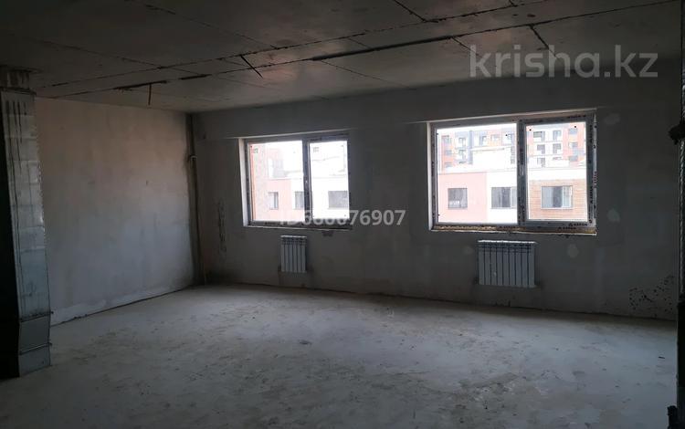 2-комнатная квартира, 71 м², 7/10 этаж, мкр Шугыла, Жунисова 12 за ~ 17 млн 〒 в Алматы, Наурызбайский р-н
