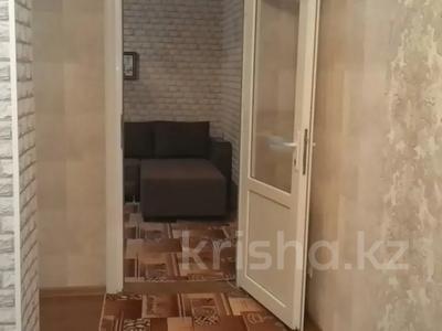 1-комнатная квартира, 42 м², 3/4 этаж посуточно, Туркестанская 2/4А — Байтурсынова за 8 000 〒 в Шымкенте, Аль-Фарабийский р-н — фото 6