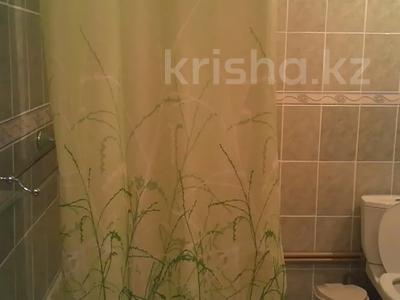 1-комнатная квартира, 42 м², 3/4 этаж посуточно, Туркестанская 2/4А — Байтурсынова за 8 000 〒 в Шымкенте, Аль-Фарабийский р-н — фото 8