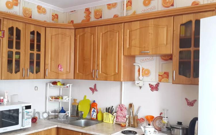 2-комнатная квартира, 53.1 м², 3/5 этаж, Байтурсынова 37 — Свободная Утепбаева за 14 млн 〒 в Семее