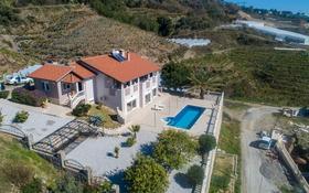 3-комнатный дом, 220 м², Mahmutlar Mh. за ~ 121.5 млн 〒 в