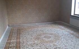 6-комнатный дом, 220 м², 8 сот., Самал2 — Аргынбекова-Байтурсынова за 48.5 млн 〒 в Шымкенте, Аль-Фарабийский р-н