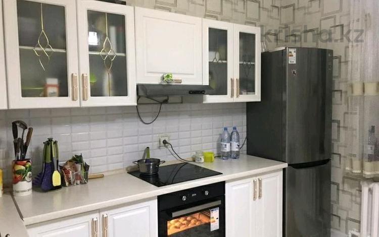2-комнатная квартира, 65 м², 6/14 этаж помесячно, Сыганак 10 за 140 000 〒 в Нур-Султане (Астана), Есиль р-н