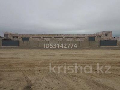 Здание, площадью 605 м², 1-й мкр за 55 млн 〒 в Актау, 1-й мкр — фото 58