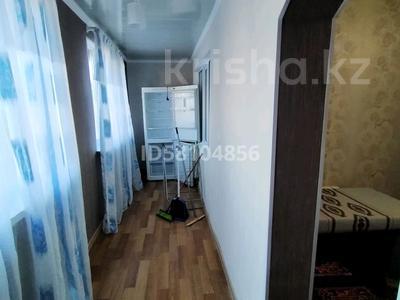 2-комнатная квартира, 54 м², 3/5 этаж помесячно, Жібек жолы 1 за 100 000 〒 в Шымкенте, Енбекшинский р-н — фото 6