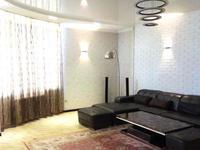 3-комнатная квартира, 140 м², 6/12 этаж на длительный срок, проспект Кунаева 41 за 350 000 〒 в Шымкенте