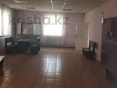 Здание, площадью 750 м², Валиханова — Пархоменко за 55 млн 〒 в Семее — фото 5