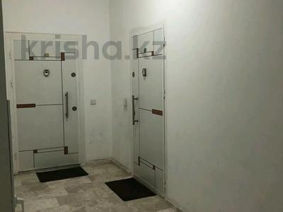 3-комнатная квартира, 110 м², 3/12 этаж, 17 мкр — Еримбетова за 39 млн 〒 в Шымкенте, Енбекшинский р-н — фото 17