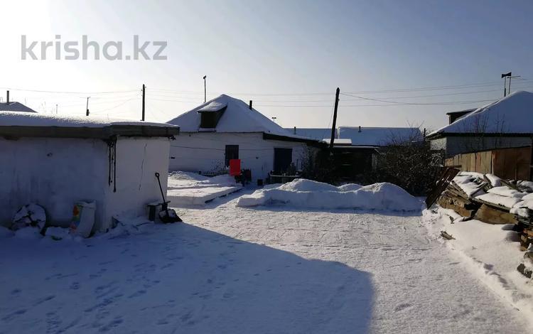 4-комнатный дом, 70 м², 6 сот., Аягузкая 3 за 5 млн 〒 в Семее