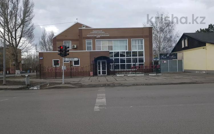 Здание за 450 млн 〒 в Караганде, Казыбек би р-н