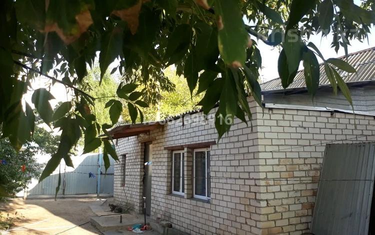 3-комнатный дом, 69.6 м², 3.2 сот., Айтиева 61/1 — проспект Абая за 20 млн 〒 в Уральске