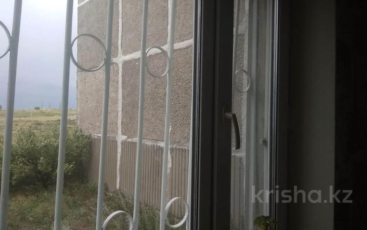 3-комнатная квартира, 67.6 м², 1/5 этаж, Мкр 9 98 за 7.4 млн 〒 в Темиртау