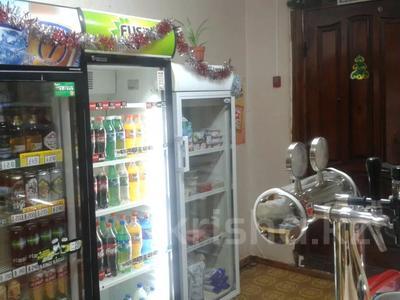 Магазин площадью 42 м², 7 микрорайон 83 за 10 млн 〒 в Степногорске — фото 2